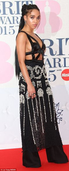 An ever-daring FKA twigs makes a bold statement at the BRITs 2015