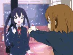 Anime - K-ON! Cake GIF photo by de-arimasu