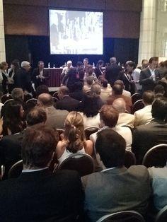 """@PresidencialVen : #AHORA Pdte. @NicolasMaduro llega al Teatro Teresa Carreño para participar en Conversatorio Internacional Hugo Chávez líder del siglo XXI"""""""