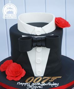 James bond party decor replace car w other object to fit for 007 table decorations