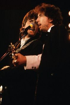 George and Bob perform at the Rock and Roll Hall Of Fame