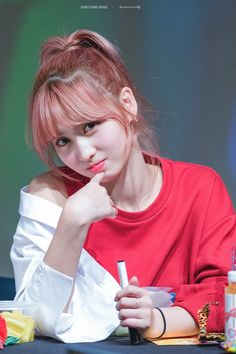 Twice // Momo Nayeon, Kpop Girl Groups, Korean Girl Groups, Kpop Girls, Korean Beauty, Asian Beauty, Asian Woman, Asian Girl, Oppa Gangnam Style