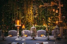 Stylish yellow & grey reception at Joannites Castle in Lagow by artsize.pl | fot. Piotr Wojtasiak