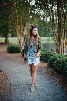 Casual Chic Mom Style outfit