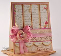 So pretty! I love this card and how it's scalloped on the bottom!