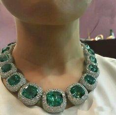 Blue tourmaline, and diamond necklace, by Tenzo_jewellery Royal Jewelry, Emerald Jewelry, Luxury Jewelry, Modern Jewelry, Fine Jewelry, Jewellery Sale, Silver Jewelry, Tourmaline Necklace, Blue Tourmaline