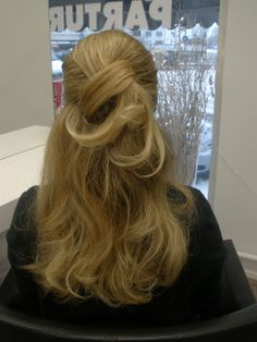 Pikakampaus Long Hair Styles, Beauty, Long Hairstyle, Long Haircuts, Long Hair Cuts, Beauty Illustration, Long Hairstyles, Long Hair Dos