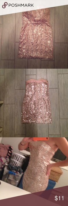 Forever 21 Pink sequined dress Pale pink and silver sequined Forever 21 mini dress. Silver zipper halfway down the back. Fits like a true small, not for the large breasted! Forever 21 Dresses Mini