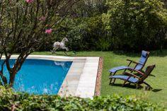 Open house - Marcia Peluffo Zahran. Veja: http://www.casadevalentina.com.br/blog/detalhes/open-house--marcia-peluffo-zahran-2782 #decor #decoracao #interior #design #casa #home #house #idea #ideia #detalhes #details #openhouse #casadevalentina #varanda #balcony