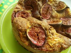 Autumn pie with apples,fresh figs and good dose of spice. Fresh Figs, Real Food Recipes, Apples, Pie, Autumn, Meat, Kitchen, Torte, Cuisine
