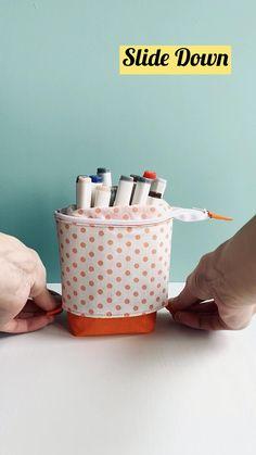 Cute Pencil Pouches, Diy Pencil Case, Pencil Cases, Sewing Hacks, Sewing Tutorials, Sewing Tools, Bag Tutorials, Bags Sewing, Tutorial Sewing