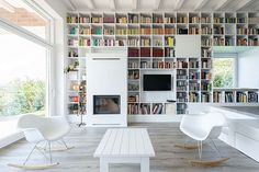 Image 24 of 64 from gallery of Home Library Architecture: 63 Smart & Creative Bookcase Designs. The Long Brick House / Foldes Architects. High Design, Design 24, Library Architecture, Interior Architecture, Brick Architecture, Modern Interior, Fireplace Windows, Modern Fireplace, Fireplace Bookcase