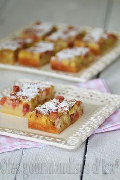 Rhubarb Desserts, Ww Desserts, Dessert Recipes, New Cooking, Batch Cooking, Cooking Recipes, Rhubarb Dream Bars, Bon Dessert, Light Cakes