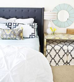 Like the colors and the headboard
