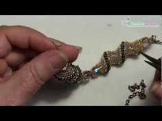 How to Create a Cellini Spiral Stitch Seed Bead Tutorials, Free Beading Tutorials, Jewelry Making Tutorials, Beaded Jewelry Patterns, Beading Patterns, Bracelet Patterns, Beaded Bracelets Tutorial, Beading Techniques, Seed Bead Jewelry