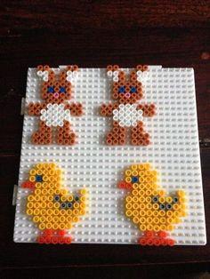 Bunny and chick beads – basteln für Arne – Hama Beads Hama Beads Design, Diy Perler Beads, Perler Bead Art, Fuse Bead Patterns, Perler Patterns, Beading Patterns, Quilt Patterns, Bead Crafts, Diy And Crafts