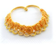 Uncinetto collana collana lino rose gialle di CraftsbySigita