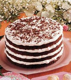 Chocolate Bavarian Torte Recipe-- I want to make this soon! looks impressive but doesn't sound difficult to make! Köstliche Desserts, Delicious Desserts, Yummy Food, Tasty, Cupcakes, Cupcake Cakes, Chocolates, Chocolate Torte, German Chocolate