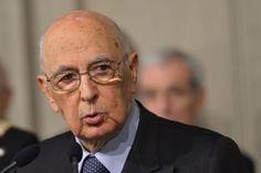 """Napolitano: """"Ha habido demasiada irresponsabilidad entre los partidos"""". Napolitano jura su cargo tras ser reelegido como presidente de la República de Italia a los 87 años."""