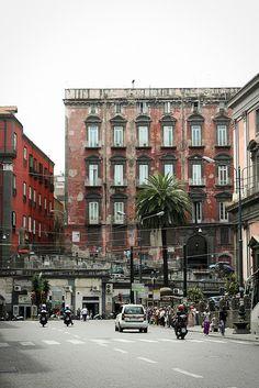 Italy - Naples                                                                                                                                                      Plus