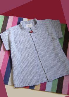 Women's topper. Easy-knit in double moss stitch.
