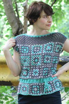 Transcendent Crochet a Solid Granny Square Ideas. Inconceivable Crochet a Solid Granny Square Ideas. Crochet Belt, Pull Crochet, Black Crochet Dress, Crochet Blouse, Crochet Top, Granny Square Crochet Pattern, Crochet Squares, Crochet Granny, Crochet Patterns