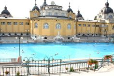 Bains thermaux à Budapest | bain Budapest | thermes Budapest