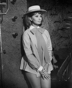Sophia Loren It Started in Naples