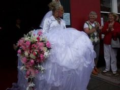 When it comes to wedding dresses...to each their own (31 photos)