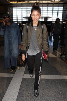 Zendaya Style Swag Outfits Ideas, Must See! Zendaya Swag, Zendaya Outfits, Zendaya Style, Tomboy Outfits, Swag Outfits, Casual Outfits, Fashion Outfits, Fashion Ideas, Swag Fashion