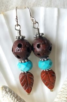 The third piece I made, uses wood beads that I received and paired them with faceted turquoise and jasper leaves. I even made the head pins by hammering the end of a piece of wire in a teardrop shape. I love this color combination. Trendy Jewelry, Jewelry Trends, Head Pins, Color Combinations, Jasper, Third, Soup, Bead, Leaves