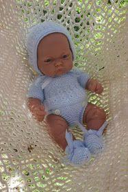 ¿Te gustaría tener este conjunto para el Nenuco? ¿O para los muñecos de Antonio Juan? ¿Haces punto pero no sabes cómo hacerlo, que punt...