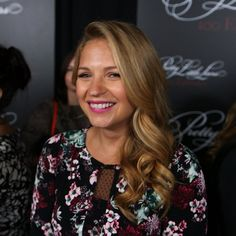 "Pin for Later: The Pretty Little Liars Spill Season 5 Secrets Vanessa Ray Questions Whether CeCe Is ""A"""