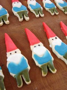 My cousin Cassie makes the most amazing sugar cookies. Wonder if she'd make me these edible gnomes?