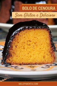 Bolo de cenoura sem glúten - Um bolo feito com farinha de arroz e polvilho simplesmente incrível. Prepare essa receita sem glúten e faça na sua casa. Receita fácil e deliciosa. #semglúten #receita