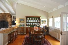 traditional dining room by Luci.D Interiors