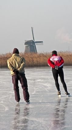 Skating on the Dutch canals -  wonderful way to go to work.