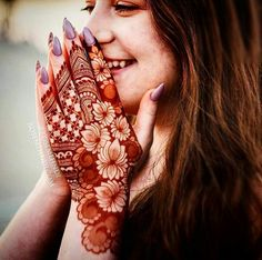 Explore Best Mehendi Designs and share with your friends. It's simple Mehendi Designs which can be easy to use. Find more Mehndi Designs , Simple Mehendi Designs, Pakistani Mehendi Designs, Arabic Mehendi Designs here. Indian Mehndi Designs, Henna Art Designs, Mehndi Designs For Girls, Modern Mehndi Designs, Mehndi Design Photos, Wedding Mehndi Designs, Mehndi Designs For Fingers, Beautiful Mehndi Design, Latest Mehndi Designs