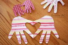 Valentine's Card: Handprint Heart by Everyday Art #valentines #kids #craft