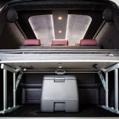 The Manuello's VW Caravelle Conversion - New Wave Custom Conversions Vw Transporter Sportline, Vw T5 Caravelle, Vw T5 Interior, Campervan, Conversation, Volkswagen, Waves, Motorhome, Rv