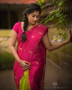 Image may contain: 1 person, standing Beautiful Girl Indian, Beautiful Girl Image, Beautiful Saree, Beautiful Indian Actress, Beautiful Gorgeous, Saree Wearing Styles, Dehati Girl Photo, Kerala Bride, Wedding Saree Collection