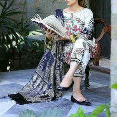 """Rose Chintz translates perfectly into glamorous day wear for this Summer Eid! Pakistani Bridal Dresses, Pakistani Dress Design, Pakistani Outfits, Indian Dresses, Pakistani Girl, Pakistani Actress, Wedding Dresses, Stylish Dresses, Simple Dresses"