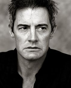 Kyle MacLachlan...LOVE him! My new poster for mah gurl room!