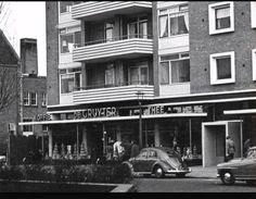 Het Linnaeusplein bij de Gruyter in de jaren 60