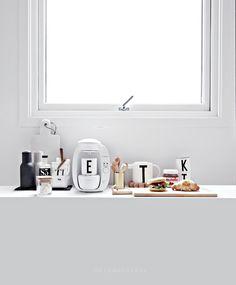Only Deco Love: Pre Renovation kitchen post
