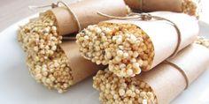 Die veganen, zuckerfreien Quinoa-Chia-Protein Riegel sind reich an hochwertigem Eiweiß und enthalten durch die Chia Samen gesunde Omega 3 und 6 Fettsäuren.