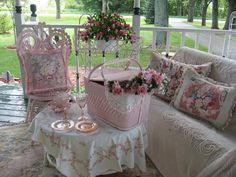 Pretty pink porch!