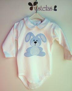 Body para el peque de la casa Granny Joy, Baby Boy, Baby Embroidery, Baby Presents, Boy Onesie, Everything Baby, Applique Designs, Baby Quilts, Baby Items