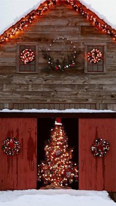 Barn Christmas Decorations are certainly one inseparable portion of the Christmas holidays, without which Christmas would lose it's color, spirit, war.