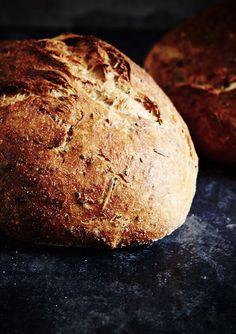 The Bread Factory (rosemary potato bread) | Photographer: Mowie Kay